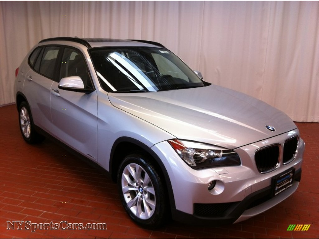 2013 Bmw X1 Xdrive 28i In Glacier Silver Metallic Photo