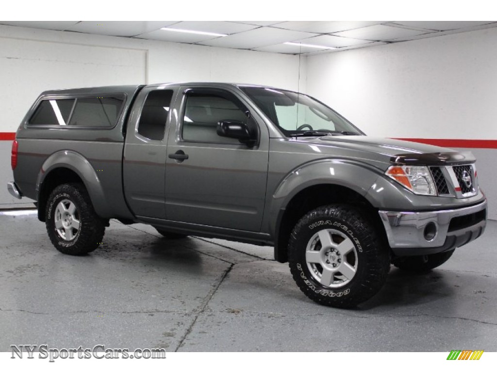 2005 nissan frontier se king cab 4x4 in storm gray metallic storm gray metallic graphite nissan frontier se king cab 4x4 vanachro Choice Image