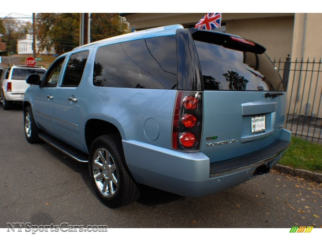 2011 GMC Yukon XL Denali AWD in Ice Blue Metallic photo #4 ...