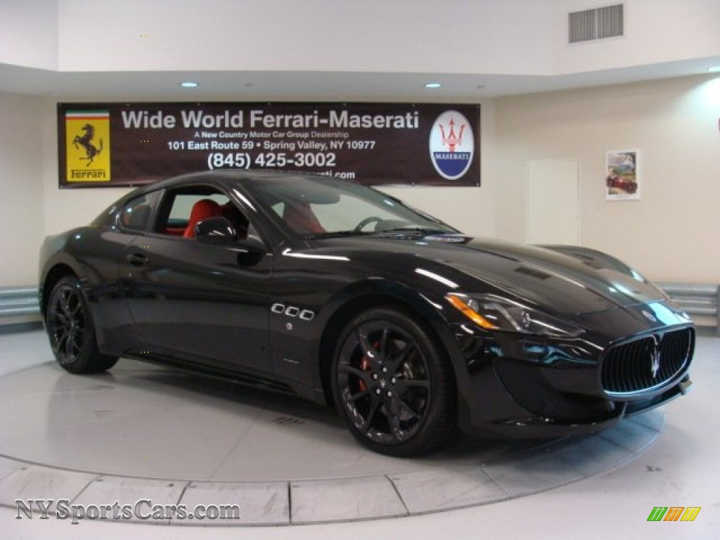 2013 Maserati GranTurismo Sport Coupe in Nero (Black ...