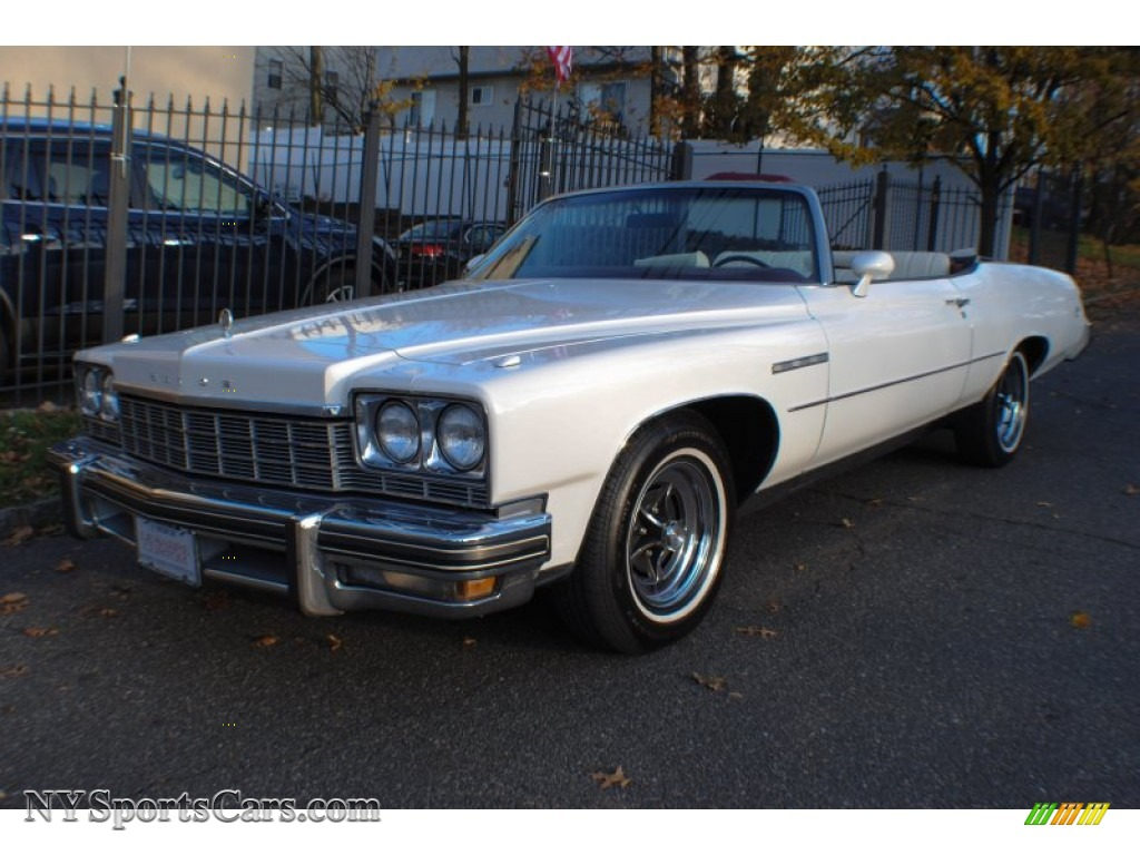 North Bay Cadillac >> 1975 Buick LeSabre Custom 4 Door Sedan in Aritic White - 142935 | NYSportsCars.com - Cars for ...