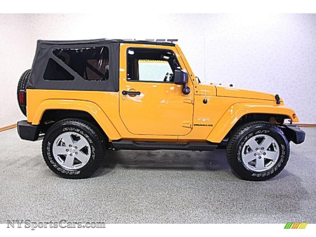2012 Jeep Wrangler Sahara 4x4 in Dozer Yellow photo #4 ...