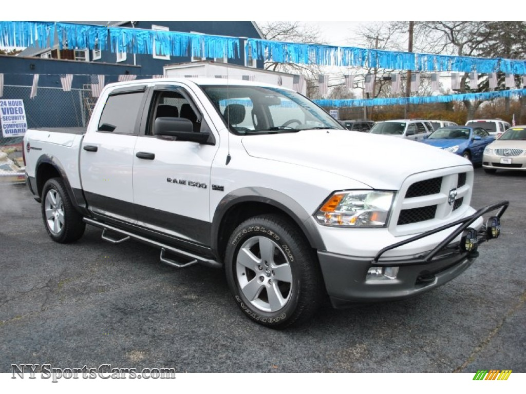 2011 dodge ram 1500 slt outdoorsman crew cab 4x4 in bright white photo 7 676617. Black Bedroom Furniture Sets. Home Design Ideas
