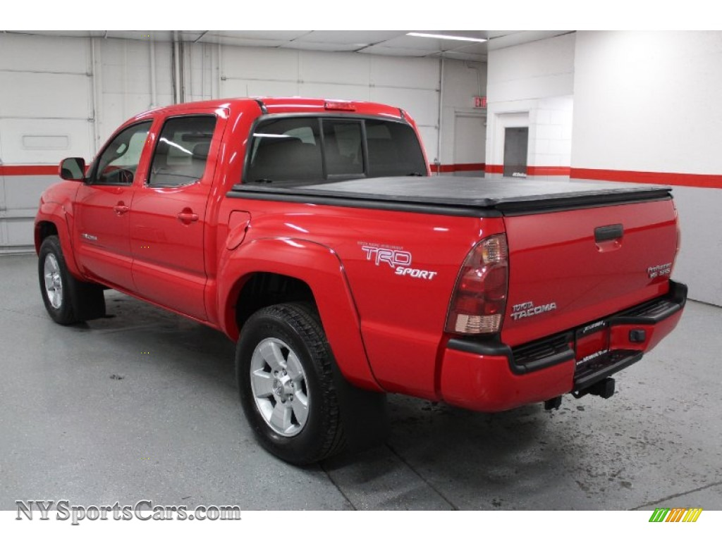 2006 toyota tacoma v6 prerunner trd sport double cab in radiant red photo 10 209611. Black Bedroom Furniture Sets. Home Design Ideas
