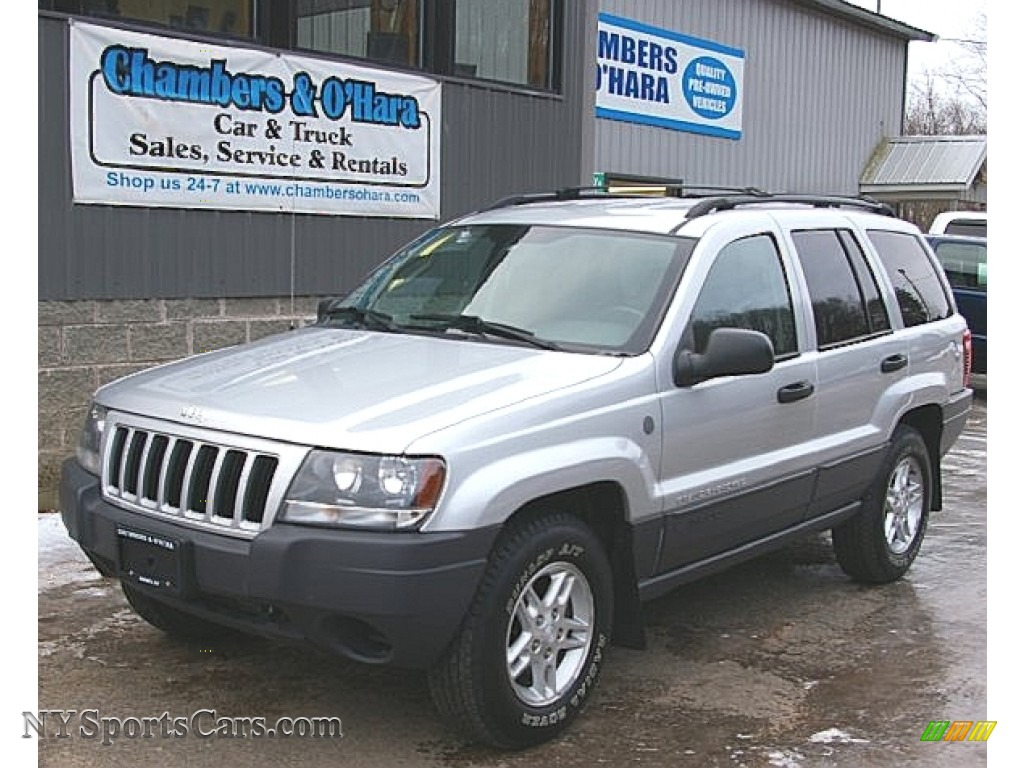 2004 jeep grand cherokee laredo 4x4 in bright silver metallic 361082 cars. Black Bedroom Furniture Sets. Home Design Ideas