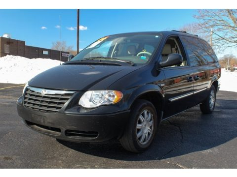 Brilliant Black 2006 Chrysler Town & Country Touring