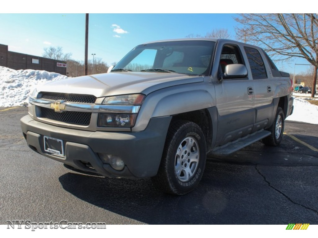 2002 chevrolet avalanche the north face edition 4x4 in light pewter metallic 157820. Black Bedroom Furniture Sets. Home Design Ideas