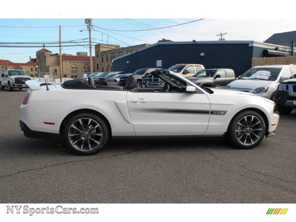 2011 ford mustang gt cs california special convertible in performance white photo 7 157976. Black Bedroom Furniture Sets. Home Design Ideas
