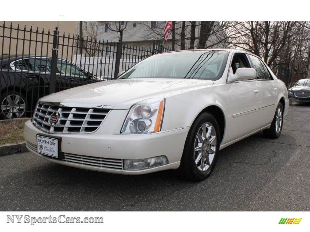 2011 cadillac dts luxury in white diamond tricoat 147911 cars for sale in. Black Bedroom Furniture Sets. Home Design Ideas