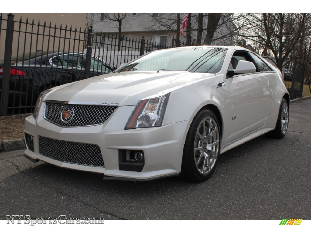 2011 cadillac cts v coupe in white diamond tricoat 127544 cars for sale. Black Bedroom Furniture Sets. Home Design Ideas