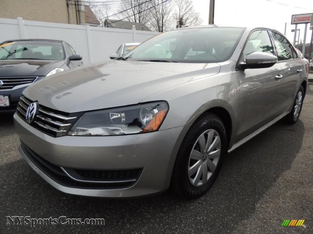 White Plains Gmc >> 2012 Volkswagen Passat 2.5L S in Tungsten Silver Metallic ...