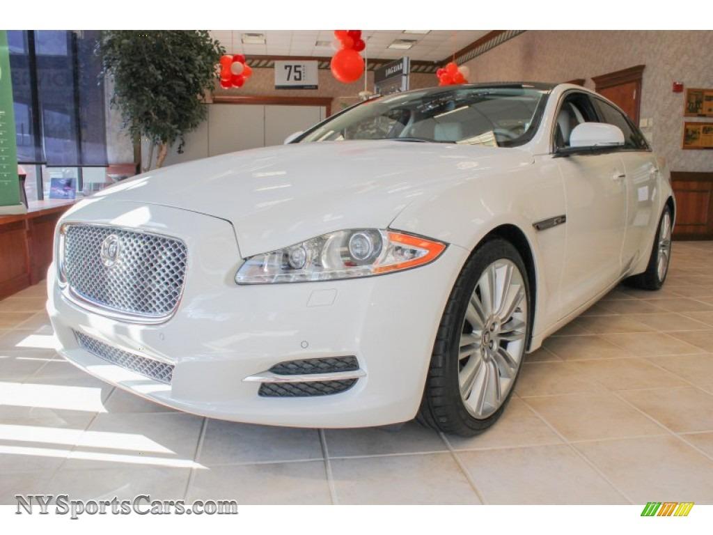 2011 Jaguar Xj Xjl In Porcelain White Photo 20 V01826