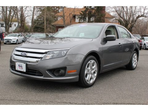 Sterling Grey Metallic Ford Fusion SE for sale in New York