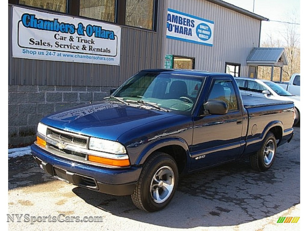 Indigo blue metallic graphite chevrolet s10 ls regular cab