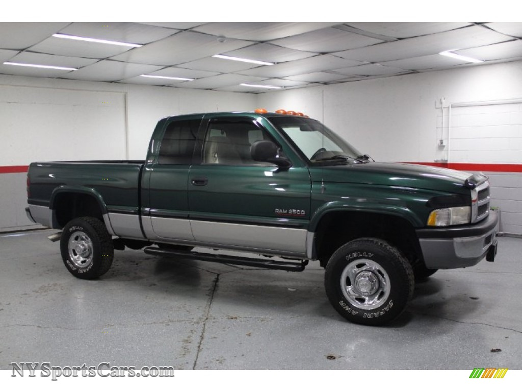 1999 dodge ram 2500 laramie extended cab 4x4 in emerald green pearl 549212. Black Bedroom Furniture Sets. Home Design Ideas