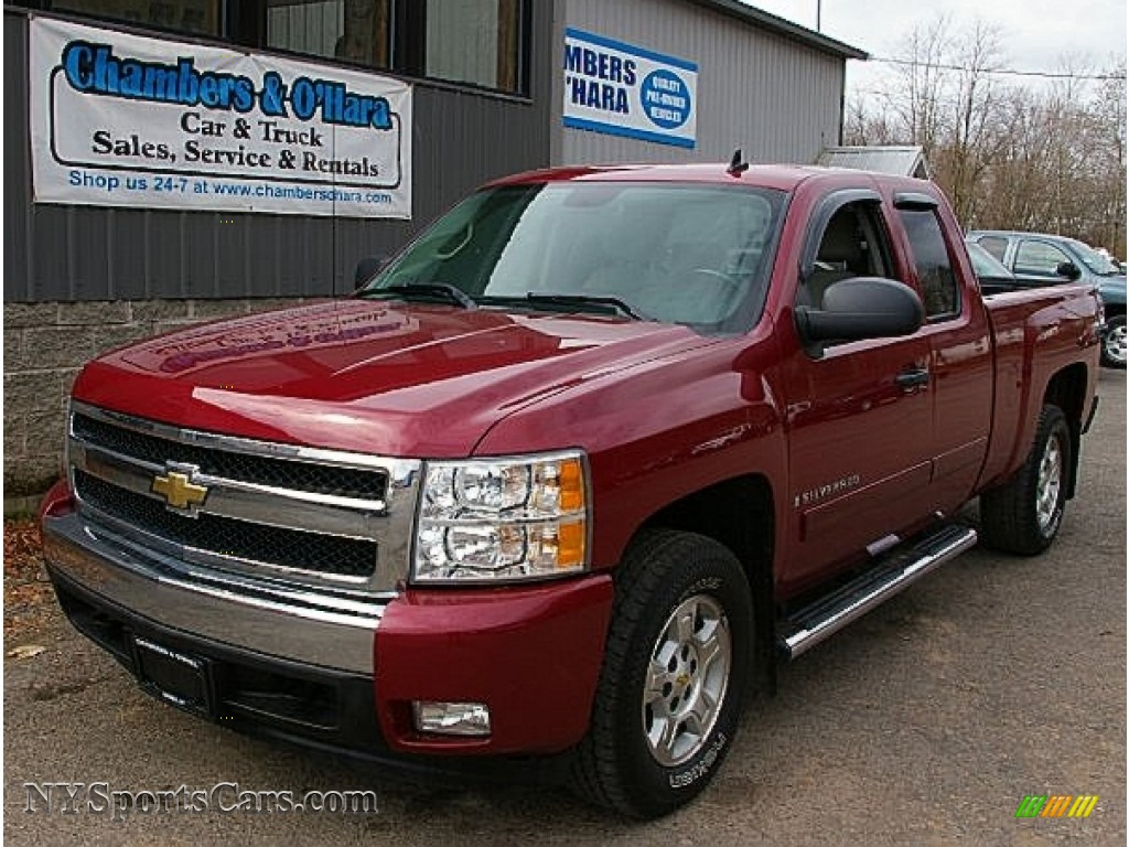2007 chevrolet silverado 1500 lt z71 extended cab 4x4 in sport red metallic 694110. Black Bedroom Furniture Sets. Home Design Ideas