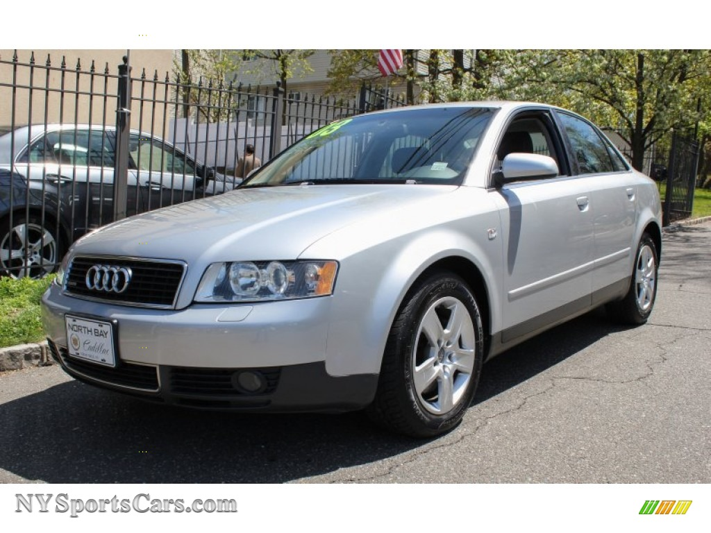2003 audi a4 3 0 quattro sedan in light silver metallic. Black Bedroom Furniture Sets. Home Design Ideas