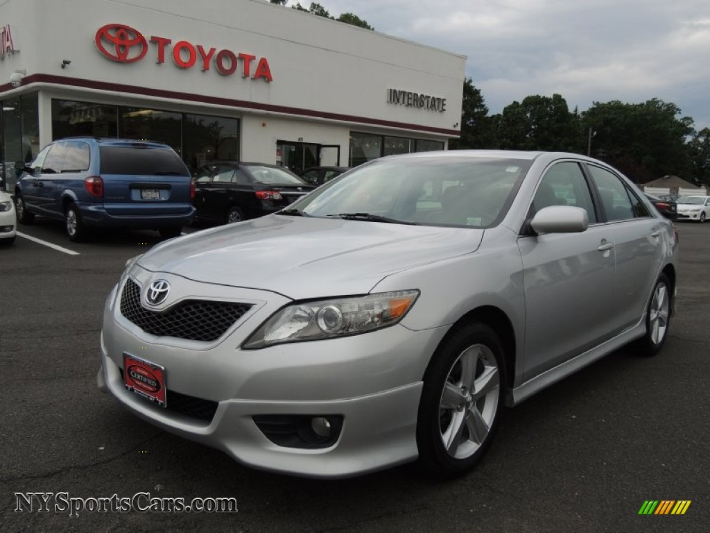 2011 toyota camry se in classic silver metallic 135849 cars for sale in. Black Bedroom Furniture Sets. Home Design Ideas