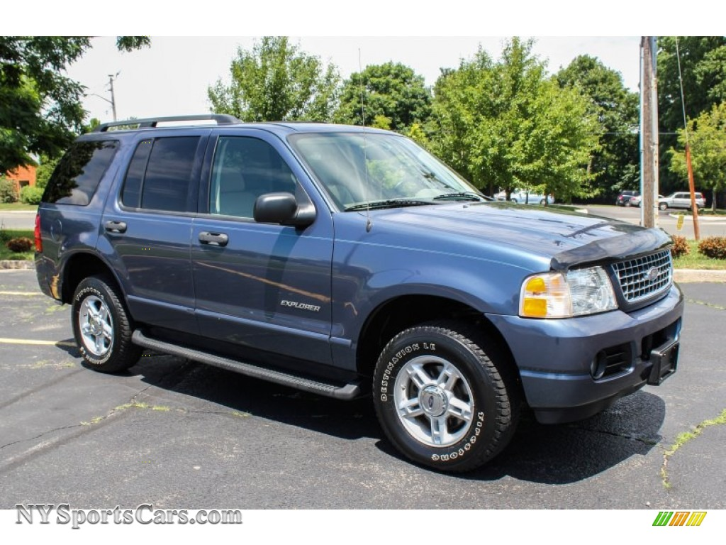 2004 explorer xlt 4x4 medium wedgewood blue metallic medium parchment photo 8