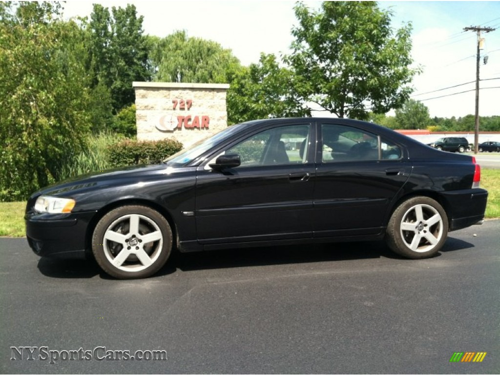 2005 volvo s60 r awd in black 433879 cars for sale in new york. Black Bedroom Furniture Sets. Home Design Ideas