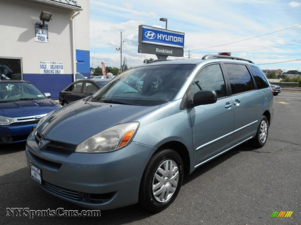 2004 Sienna LE - Blue Mirage Metallic / Stone Gray photo #1