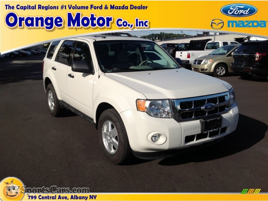 2011 ford escape xlt 4wd in oxford white a71947 for Orange motors albany new york