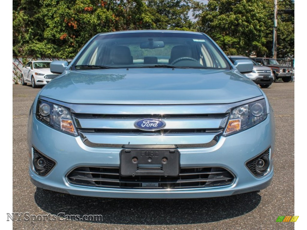 2010 ford fusion hybrid in light ice blue metallic photo 2 142840 cars. Black Bedroom Furniture Sets. Home Design Ideas