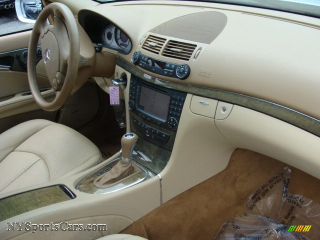 2007 E 350 4Matic Sedan - Iridium Silver Metallic / Cashmere photo #24