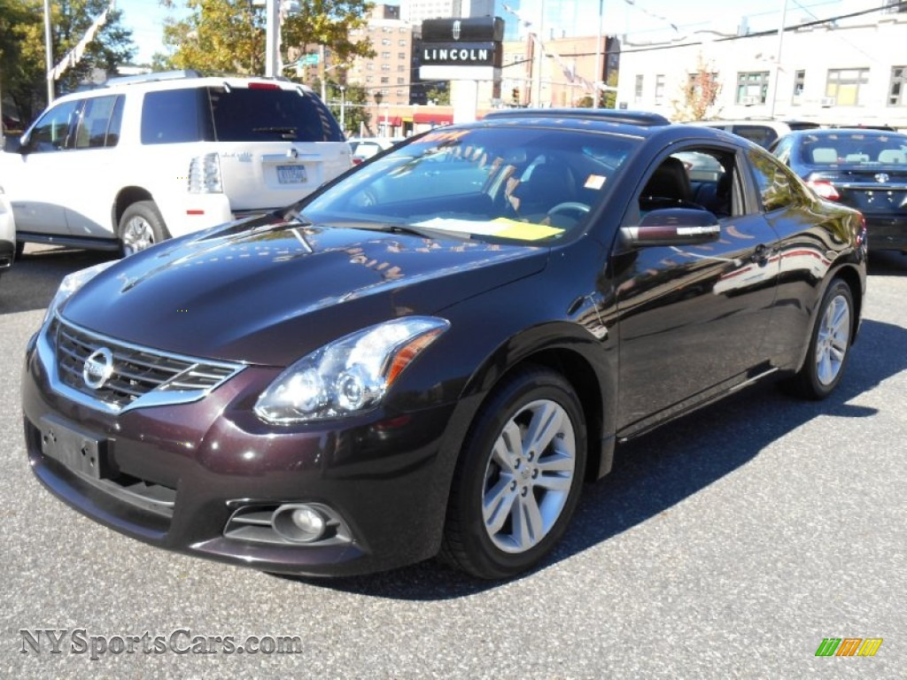 2011 nissan altima 2 5 s coupe in crimson black photo 8. Black Bedroom Furniture Sets. Home Design Ideas