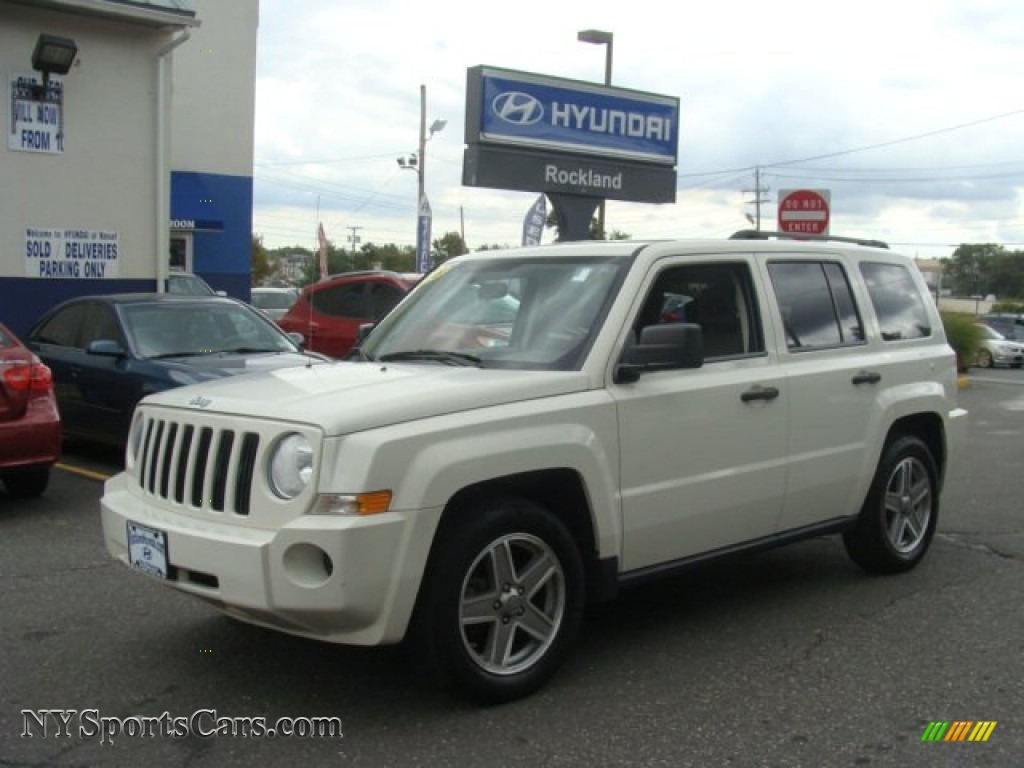 2008 jeep patriot sport 4x4 in stone white clearcoat - 514491