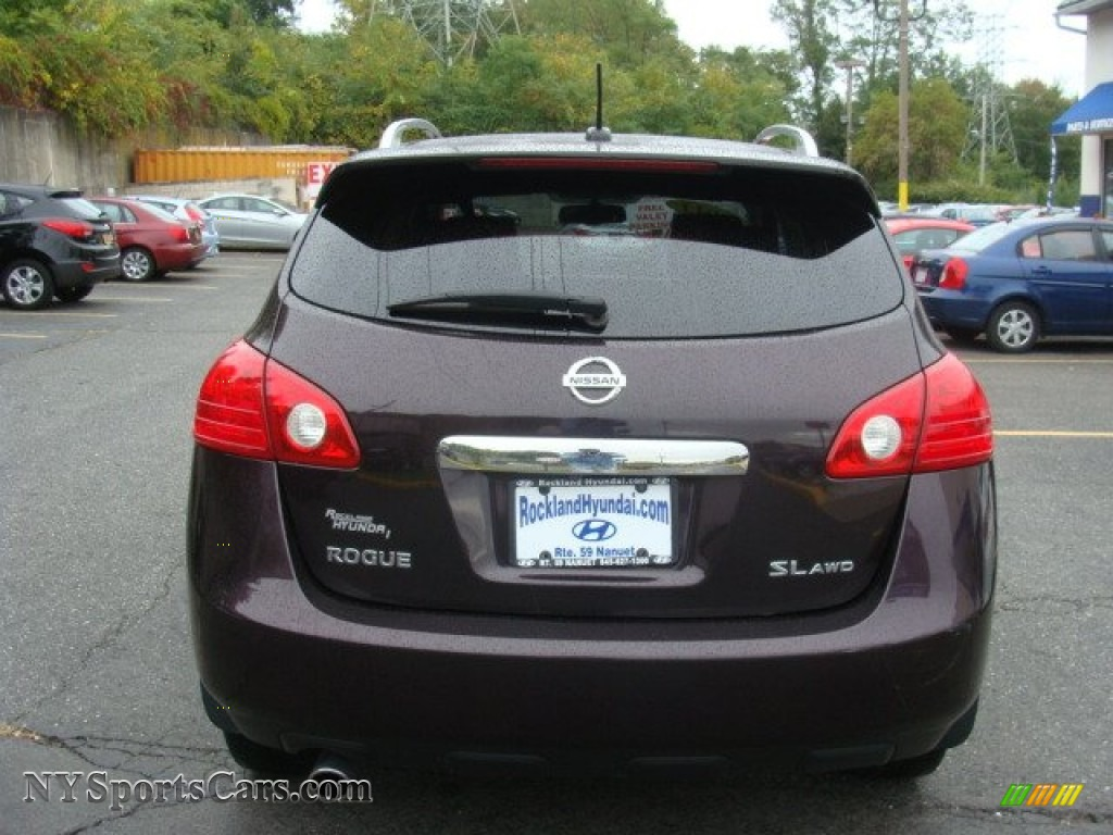 2011 Rogue SV AWD - Black Amethyst / Black photo #5