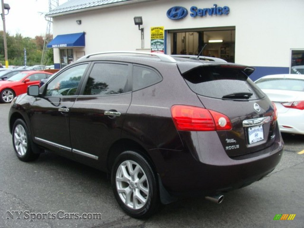 2011 Rogue SV AWD - Black Amethyst / Black photo #6
