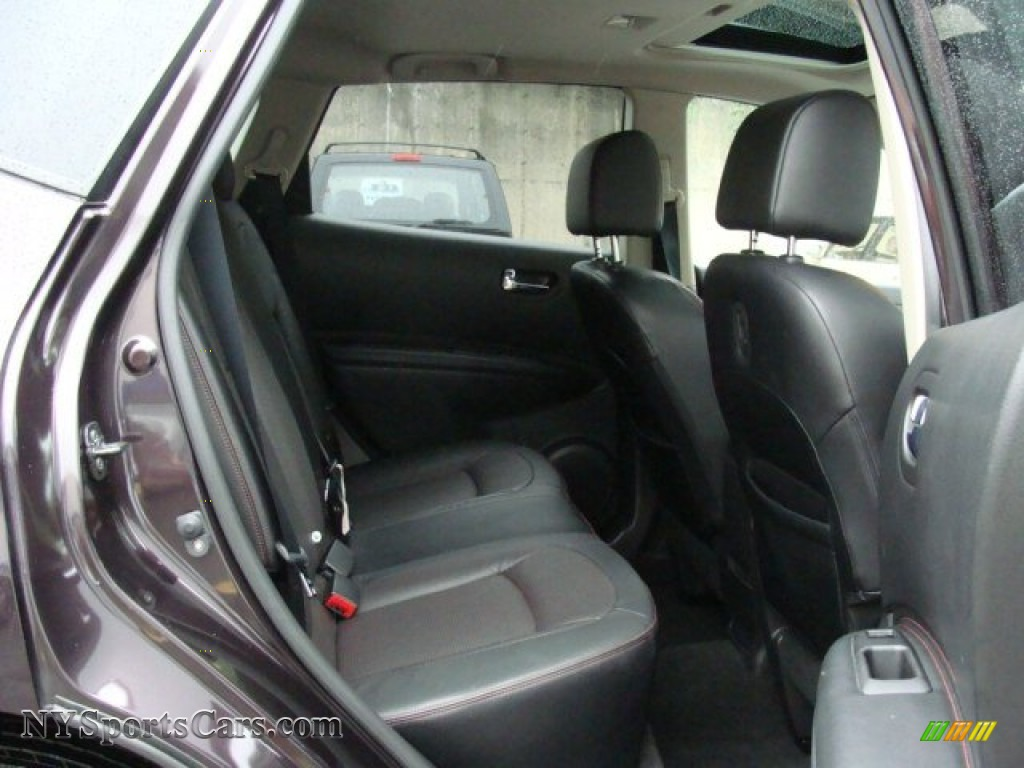 2011 Rogue SV AWD - Black Amethyst / Black photo #24