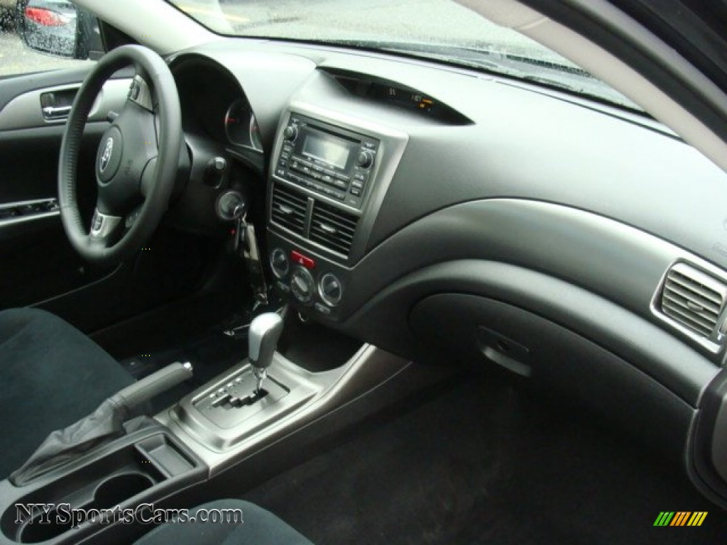 2011 Impreza 2.5i Premium Wagon - Dark Gray Metallic / Carbon Black photo #26