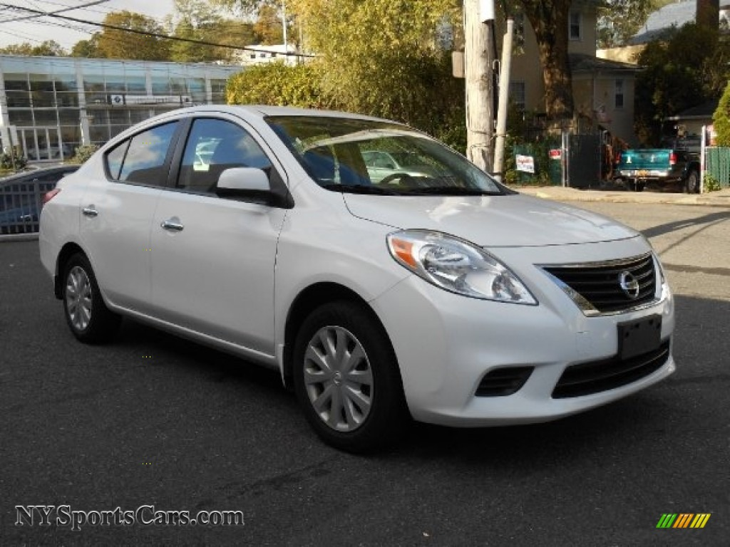 2012 nissan versa 1 6 sv sedan in fresh powder white 918443 cars for sale. Black Bedroom Furniture Sets. Home Design Ideas