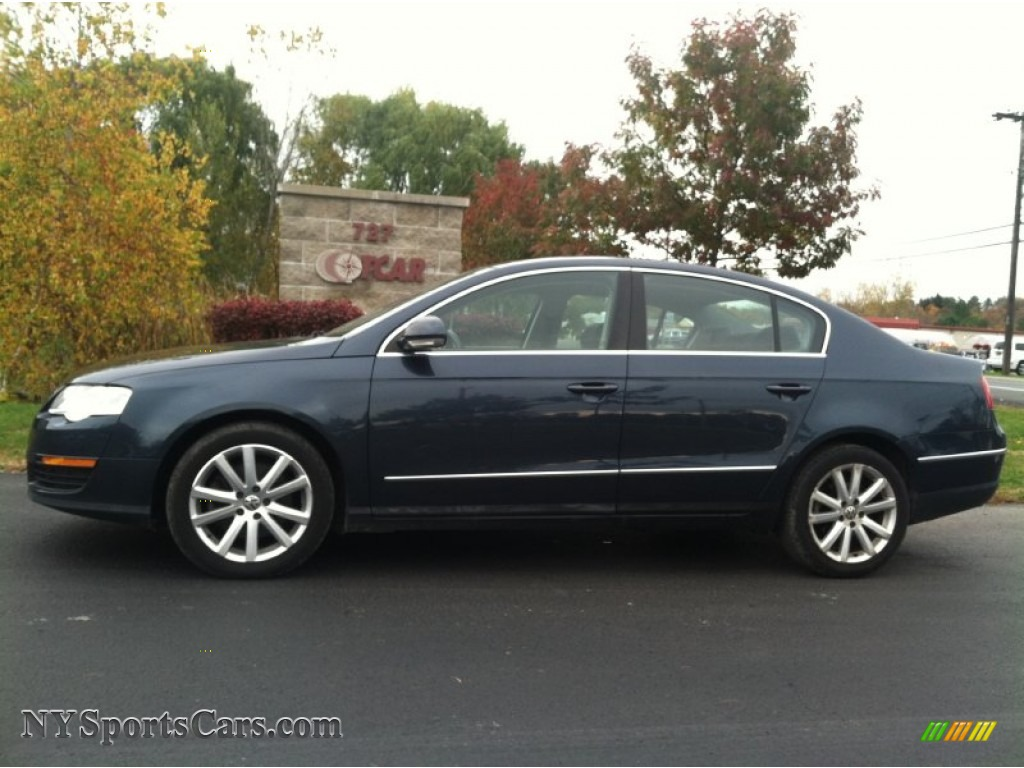 2006 volkswagen passat 2 0t sedan in blue graphite metallic 057326 cars. Black Bedroom Furniture Sets. Home Design Ideas
