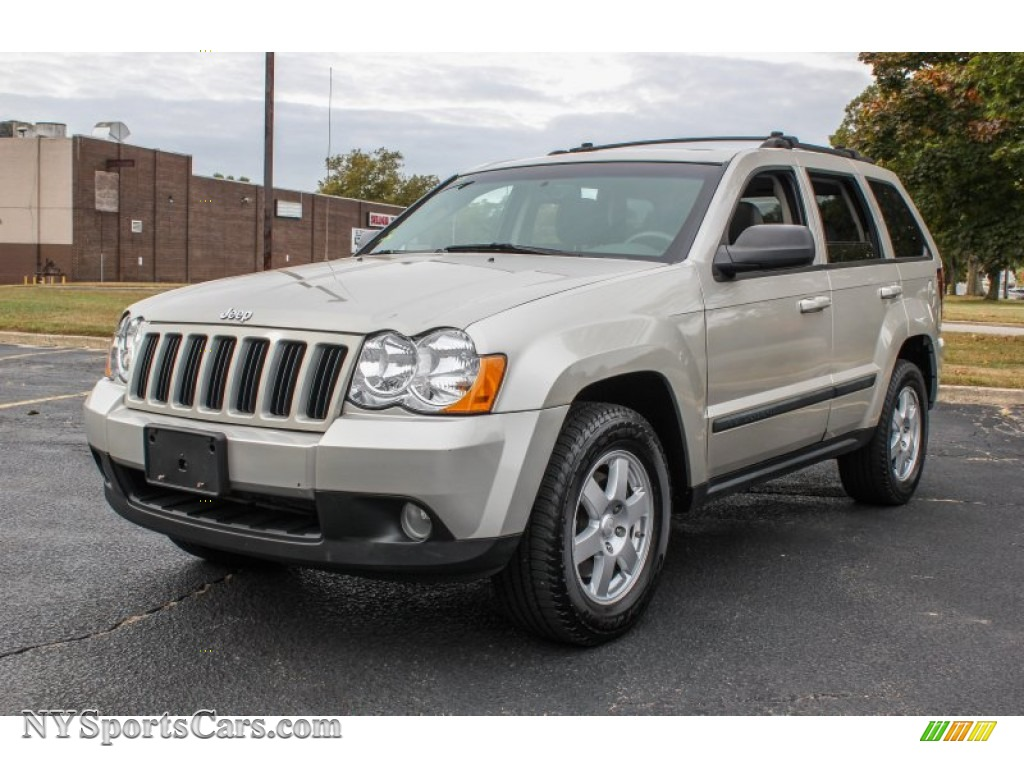 2008 jeep grand cherokee laredo 4x4 in light graystone pearl 233231 cars. Black Bedroom Furniture Sets. Home Design Ideas