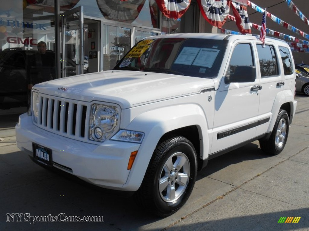 2011 Jeep Liberty Sport 4x4 in Bright White - 569044 | NYSportsCars.com - Cars for sale in New York