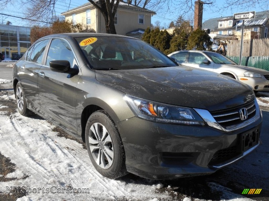 2013 Honda Accord Lx Sedan In Hematite Metallic Photo 6