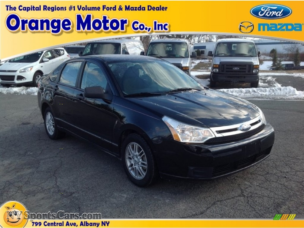 2009 ford focus se sedan in ebony black 120468 for Orange motors albany new york