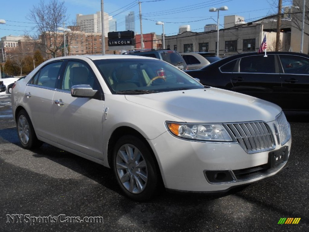 2012 lincoln mkz awd in crystal champagne metallic tri coat 800275 cars. Black Bedroom Furniture Sets. Home Design Ideas
