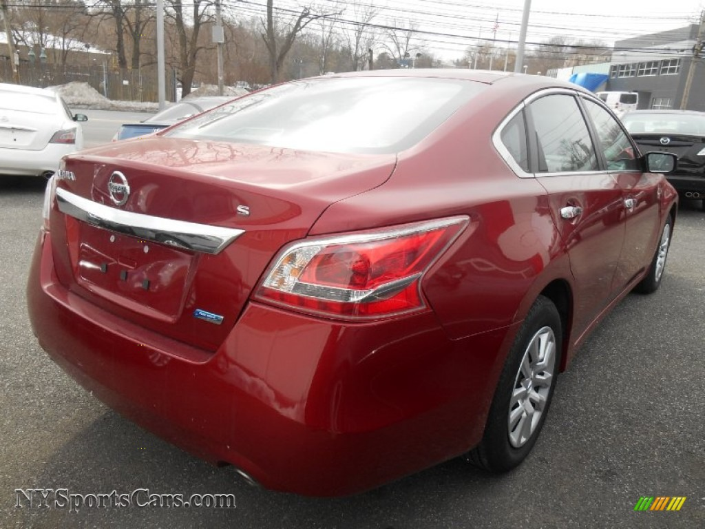 2013 nissan altima 2 5 s in cayenne red photo 4 161515 cars for sale in. Black Bedroom Furniture Sets. Home Design Ideas