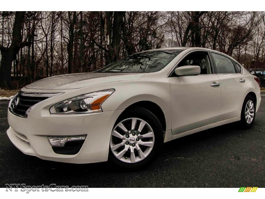 2013 nissan altima 2 5 s in pearl white 490728 cars for sale in new york. Black Bedroom Furniture Sets. Home Design Ideas