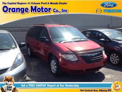Inferno Red Pearl 2006 Chrysler Town & Country Touring