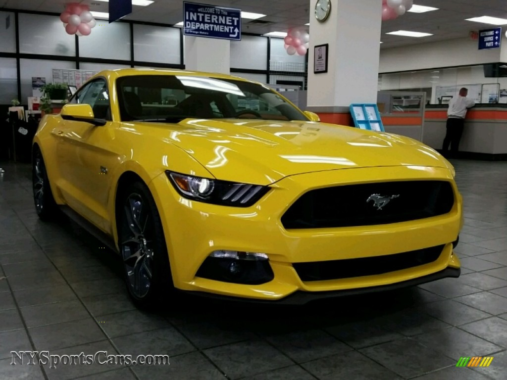 2015 ford mustang gt premium coupe in triple yellow tricoat 308158 cars. Black Bedroom Furniture Sets. Home Design Ideas